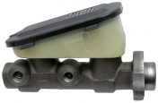 Pääsylinteri GM A-kori -81 alipainetehostimella *sylinterin Ø 24mm*+Riviera/Toronado 79-81